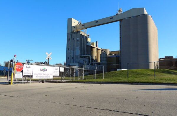 Cargill, Continental Grain to acquire poultry firm Sanderson Farms for $4.5bn